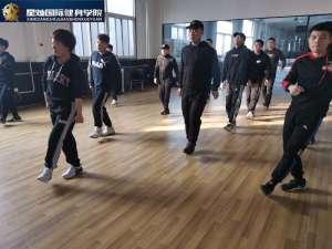 晋城没经验怎么做健身教练培训?