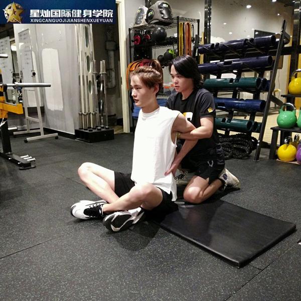 莆田的私人健身教练培训学校排名?