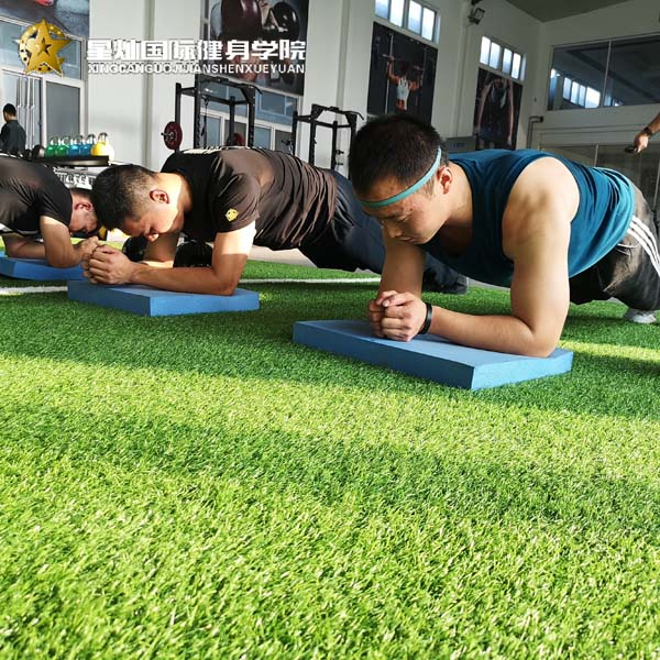 洛阳学健身教练有前途吗?