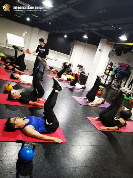 淮南健身教练培训学校怎么选?