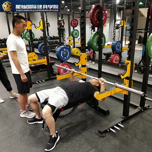 龙岩考健身教练证要多少钱?